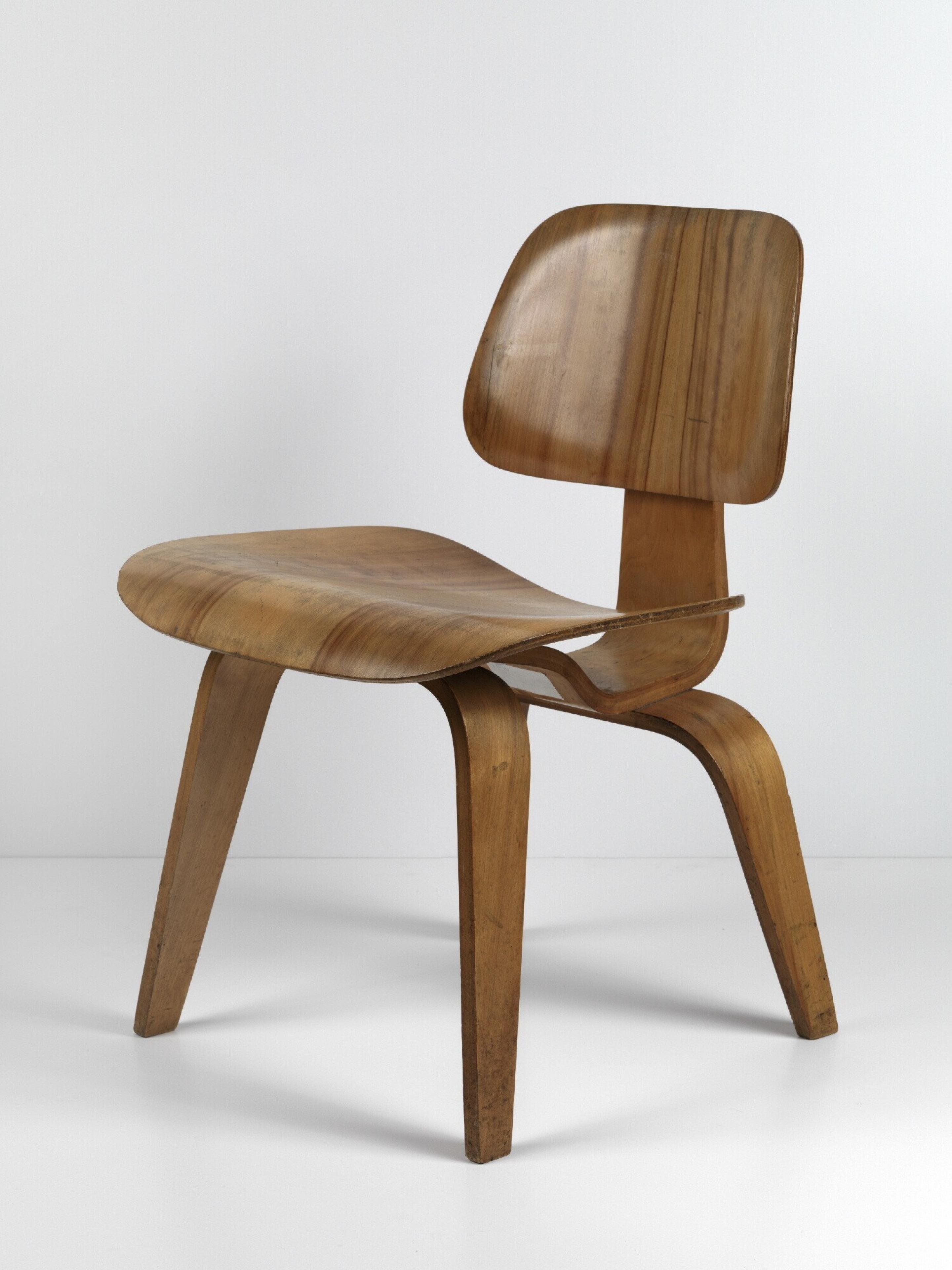 Lounge Stoel Eames.Charles Eames Museum Boijmans Van Beuningen
